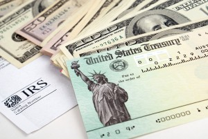 get a tax refund this year, cash with a tax refund check